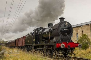 KWVRKeighley_Worth_Valley_Railway30742_Charters43942_6015