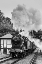 KWVRKeighley_Worth_Valley_Railway30742_Charters43942_6081