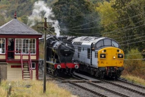 KWVRKeighley_Worth_Valley_Railway30742_Charters43942_6165
