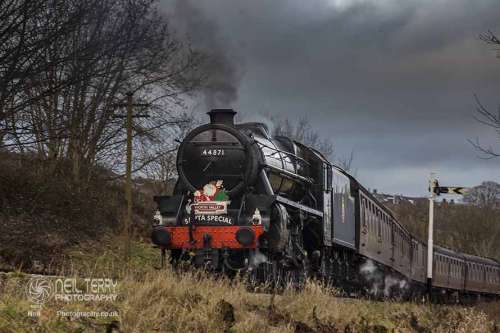 44871+black+5+keighley+worth+valley+railway+kwvr_8437