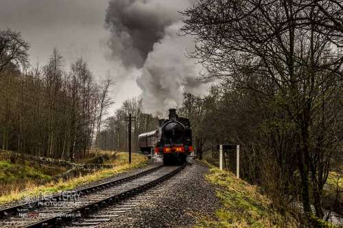 taff+vale+no85+keighley+worth+valley+railway_9451
