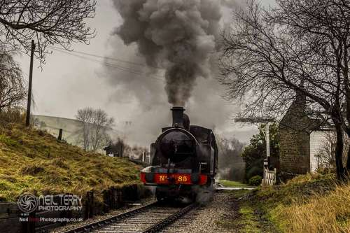 taff+vale+no85+keighley+worth+valley+railway_9547