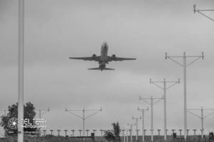 LeedsBradfordAirport_LBA_7500