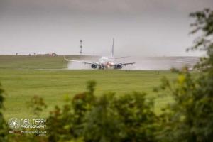 LeedsBradfordAirport_LBA_7545