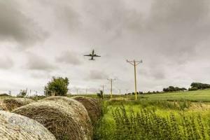 LeedsBradfordAirport_LBA_7785