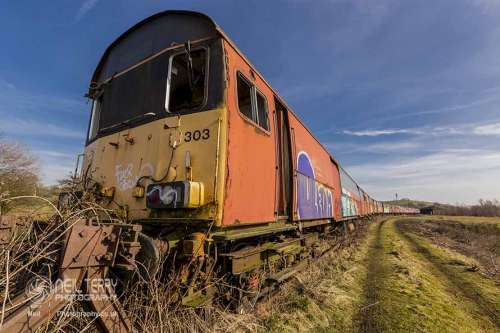 abadoned+royal+mail+train+hellifield_1697