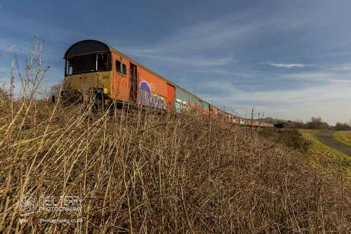 abadoned+royal+mail+train+hellifield_1711
