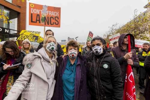united+against+fracking+manchester_6319