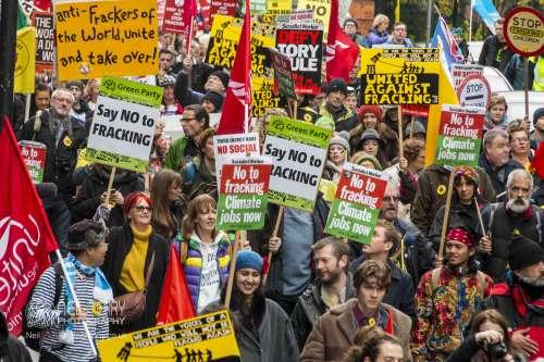 united+against+fracking+manchester_9433