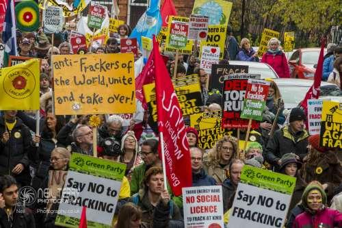united+against+fracking+manchester_9437