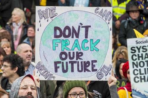 united+against+fracking+manchester_9549