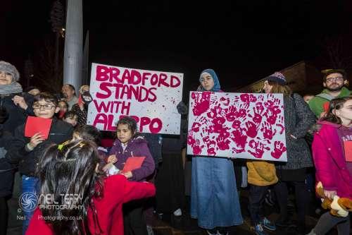 Bradford+vigil+for+syria_7299