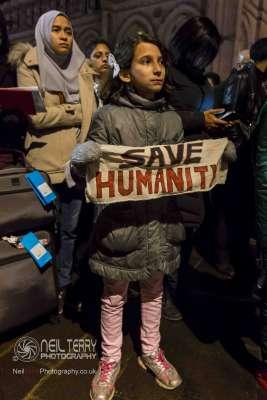 Bradford+vigil+for+syria_7325