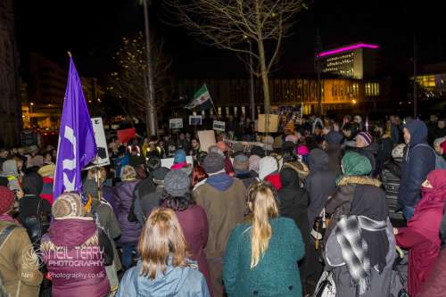 Bradford+vigil+for+syria_7333