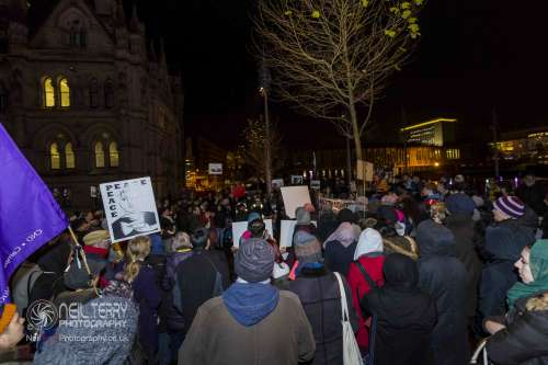 Bradford+vigil+for+syria_7335