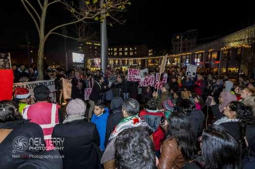 Bradford+vigil+for+syria_7341
