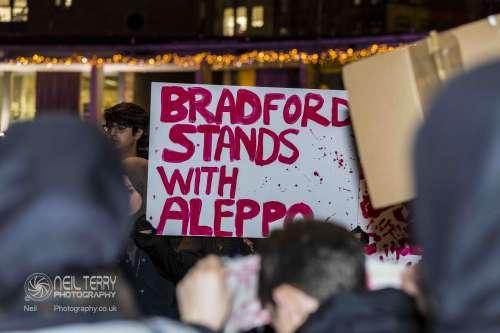 Bradford+vigil+for+syria_7348