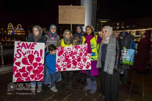 Bradford+vigil+for+syria_7377